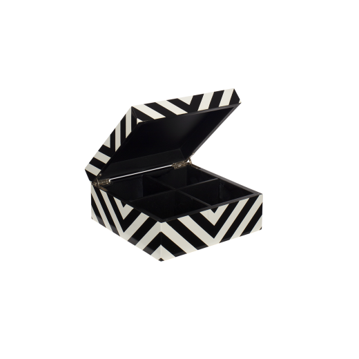 Lakskrinmedstriberblackwhite-01